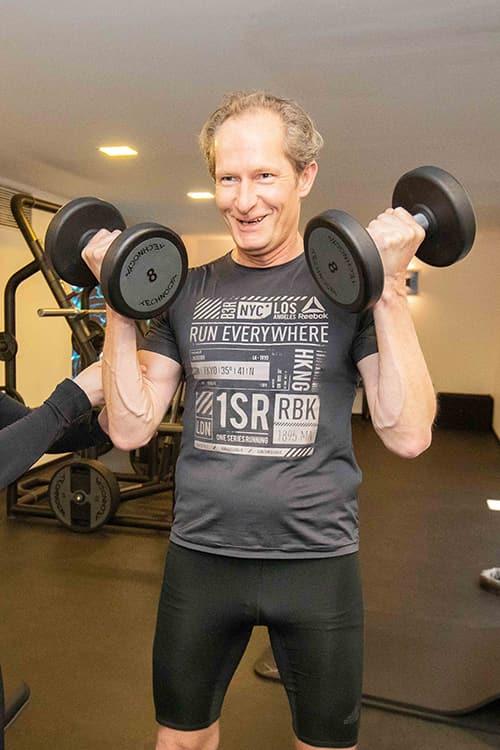 freihantel training bei jonensports